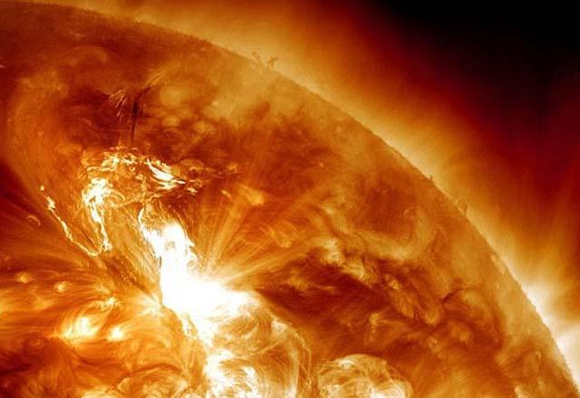 Erupción_Solar_1