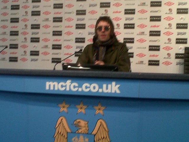 Liam-Gallagher-Manchester-City