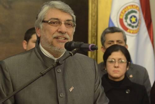 Fernando Lugo destituido