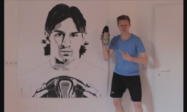Lionel-Messi-painting-done-with-a-football-shoe