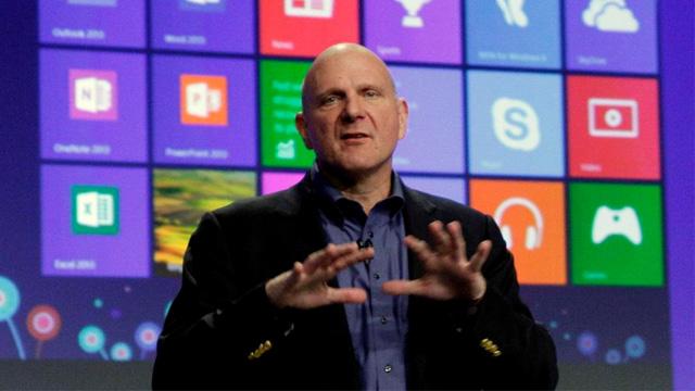 Steve-Ballmer-presentando-Windows-8