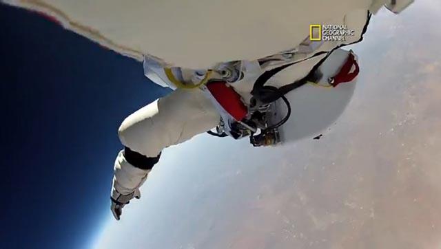 felix_baumgartner_salto_14_ng