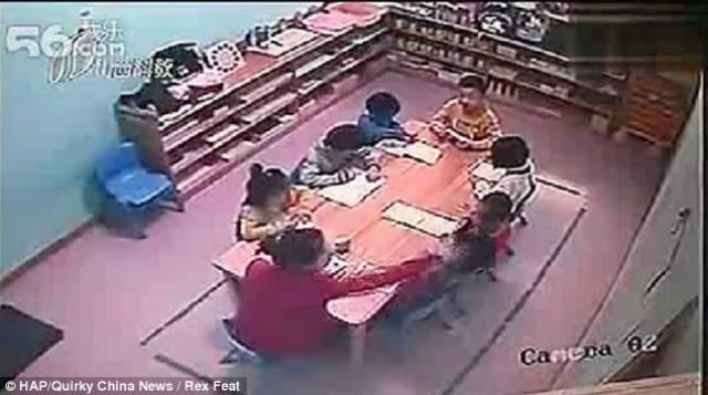 maestra_golpeadora_de_niños