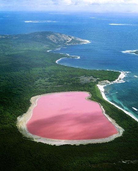 Lake_Hillier_Lago_Rosa_2