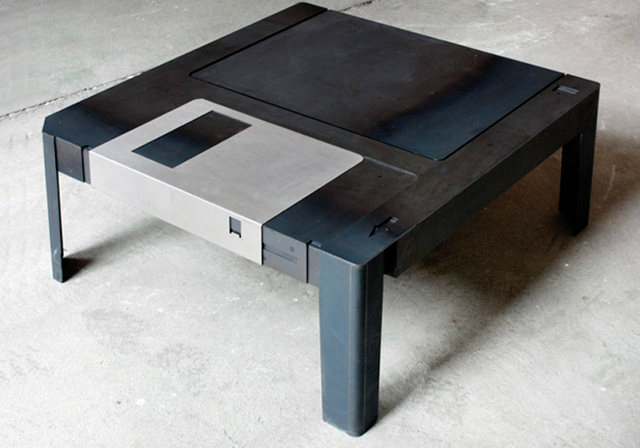 floppy-table