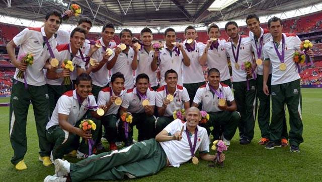 premiacion_wembley_mexico_medalla_oro