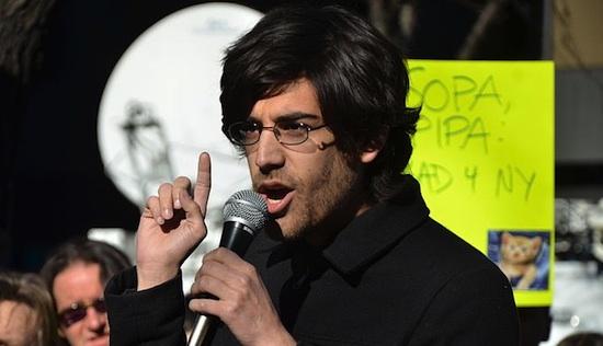 Aaron Swartz en protesta