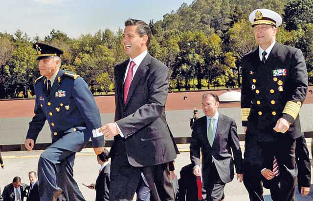 Peña Nieto milicia