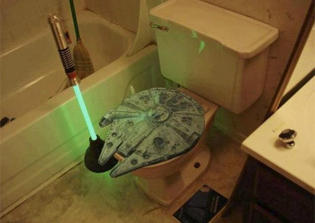 lightsaber-toilet-plunger