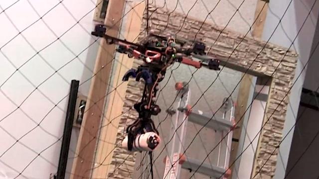 Cuadricóptero cazador