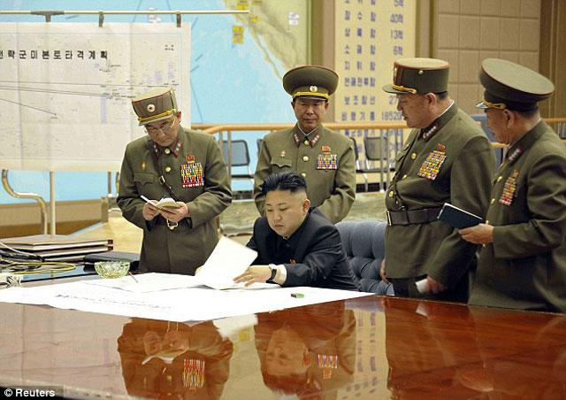 Kim-Jung-Un-Misiles-1