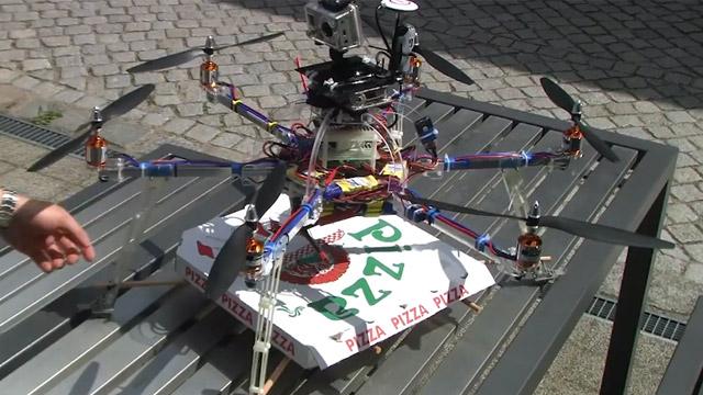 Robot-repartidor-de-pizza