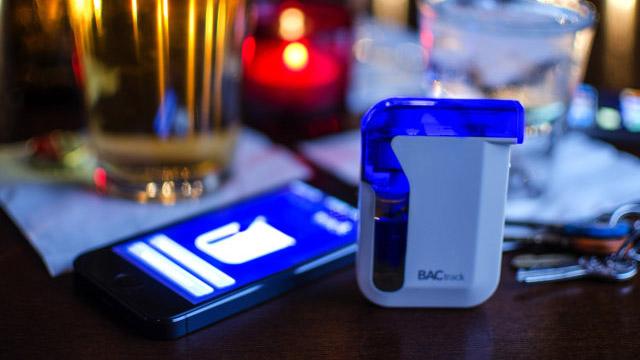 BacTrack-alcoholimetro-iPhone