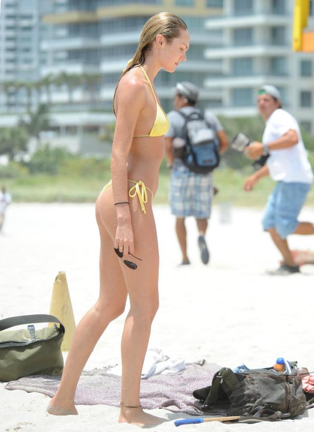 Candice_Swanepoel_Miami-1