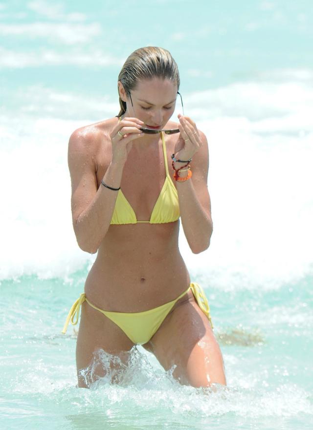 Candice_Swanepoel_Miami-10