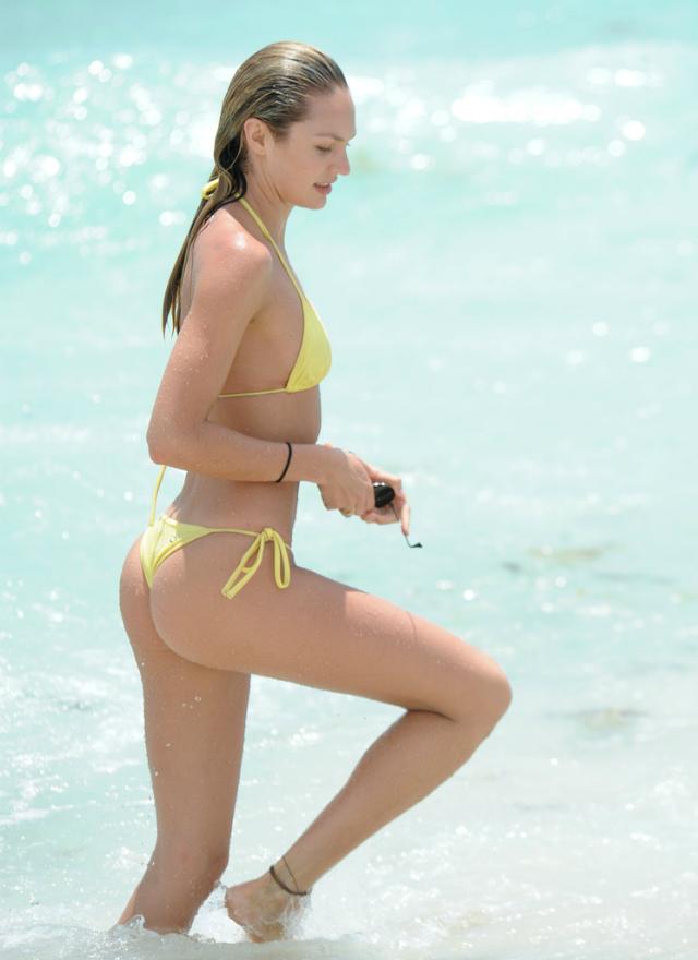 Candice_Swanepoel_Miami-15