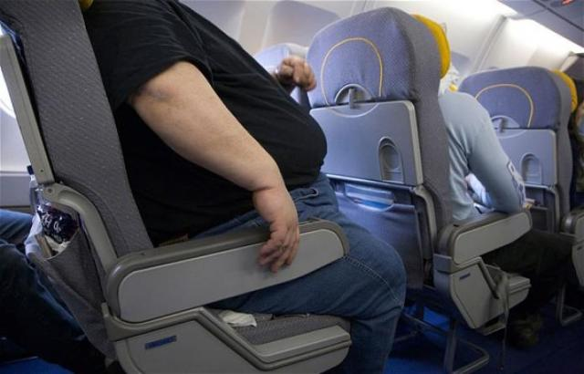 overweight-man-air_2546762b