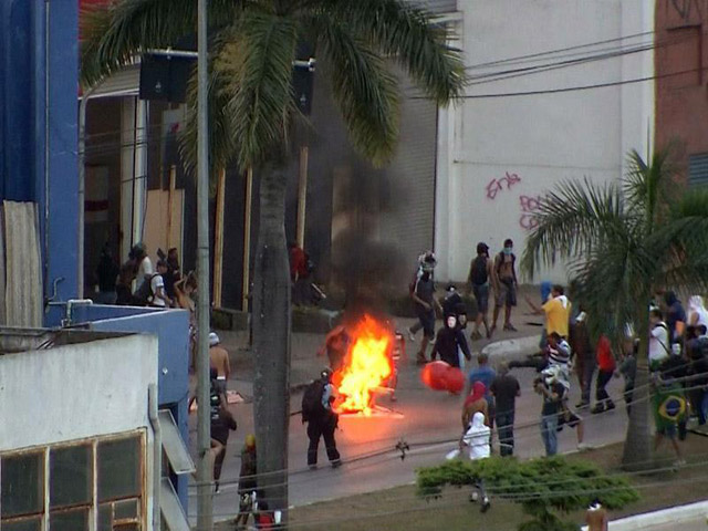 Protestas-Brasil-vs-Uruguay-6