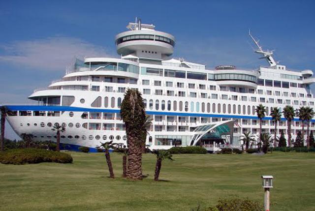 barco acantilado 4