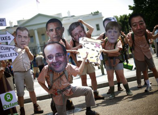 obama-g8-summit-protest- protestas g8 londres espionajes the guardian