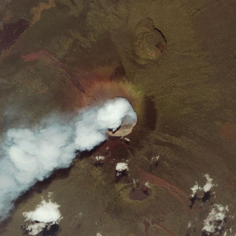 nyamuragira-and-nyiragongo-east-africa-volcano-from-space-aerial-nasa