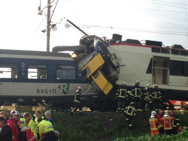 trenes colisionan suiza 40 heridos
