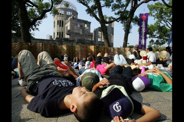 hiroshima_atom_bomb_68_anniversary_7