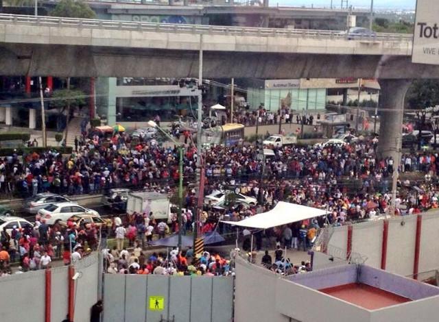 manifestaciones entv azteca por CNTE