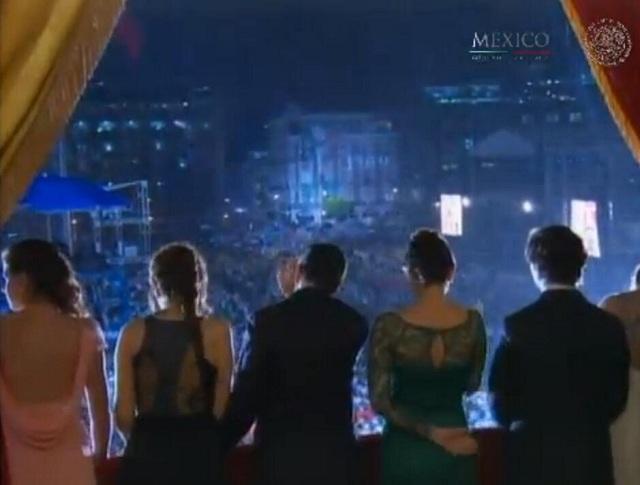 Después del Grito los hijos de Peña Nieto salieron al balcón