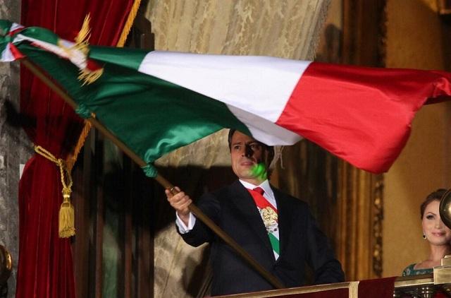 Un láser apuntó a la cara de Peña durante la ceremonia