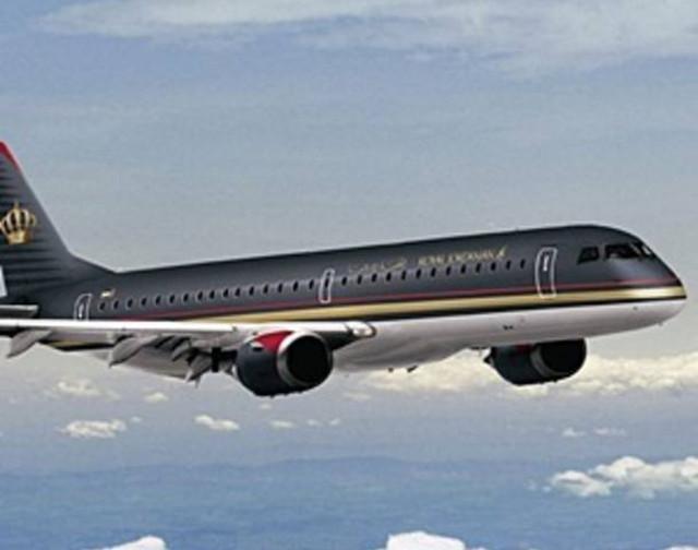 secuestran avion tripoli