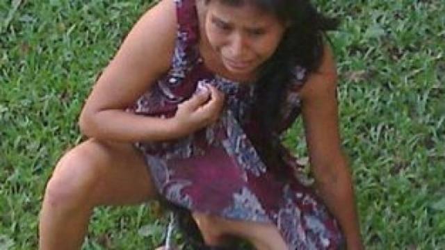 mujer indigena da a luz