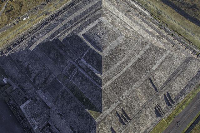 WikiPhoto1
