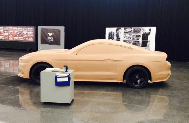 Mustang-2015-6