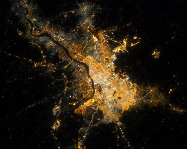 Ciudades en la noche03