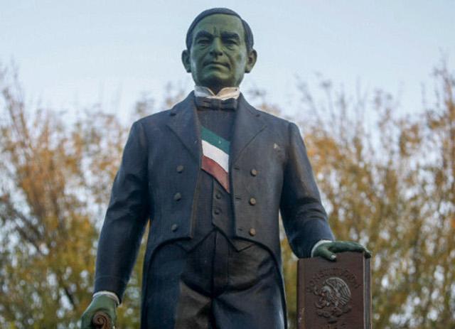 Monumento_Juarez_verde_Monterrey-3