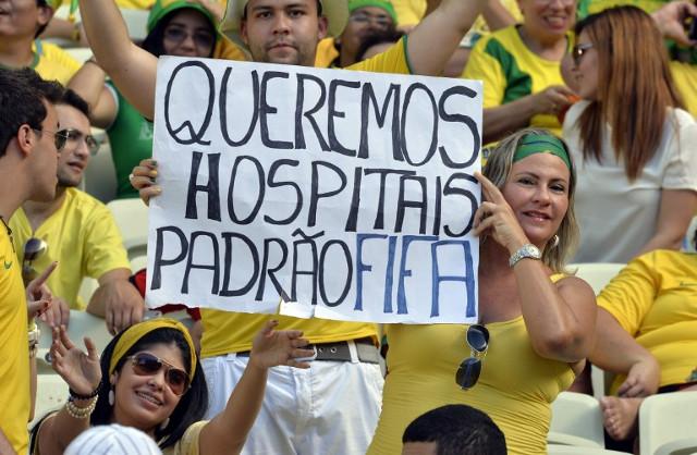 Protestas-en-Brasil-por-el-Mundial-de-Futbol