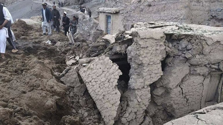 derrumbe afganistan1