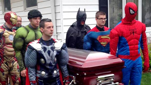 superheroes_funeral