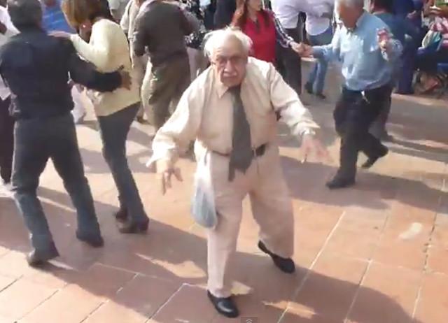 abuelito_bailador_