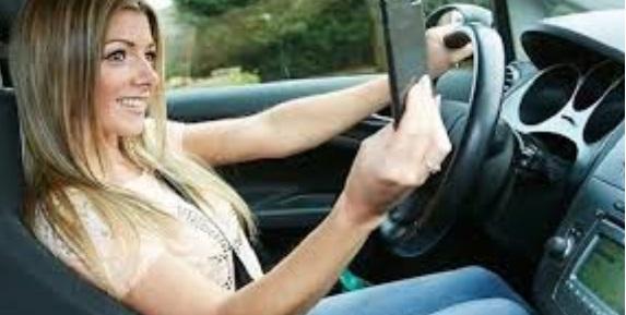 selfie al volan