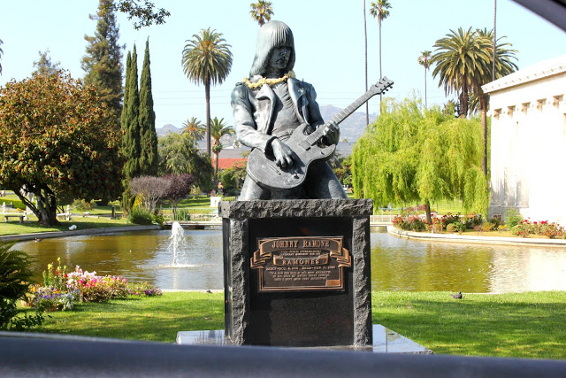 Joey Ramone Hijos: 10 Años Sin Johnny Ramone