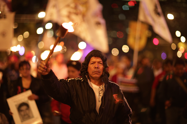 Luz_Ayotzinapa_Santiago_Arau39