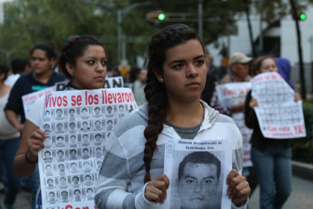 Marcha #Ayotzi- Fernando Fuentes -18