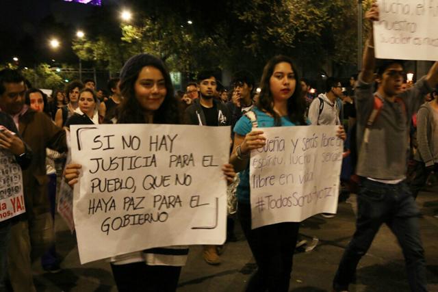 Marcha #Ayotzi- Fernando Fuentes -31