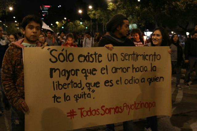 Marcha #Ayotzi- Fernando Fuentes -53
