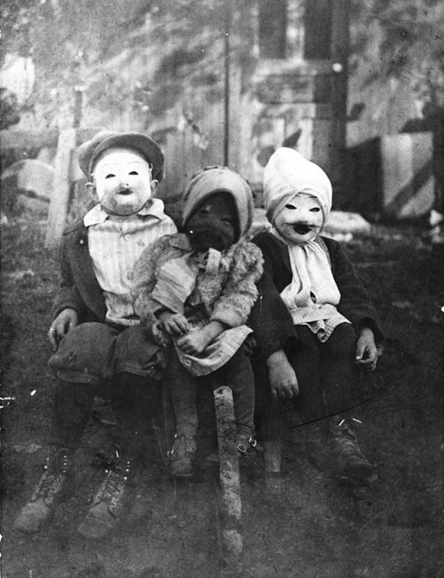 vintage-halloween-costumes12