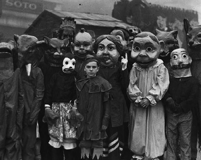 vintage-halloween-costumes18