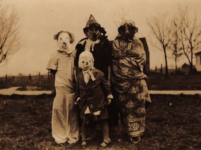 vintage-halloween-costumes2