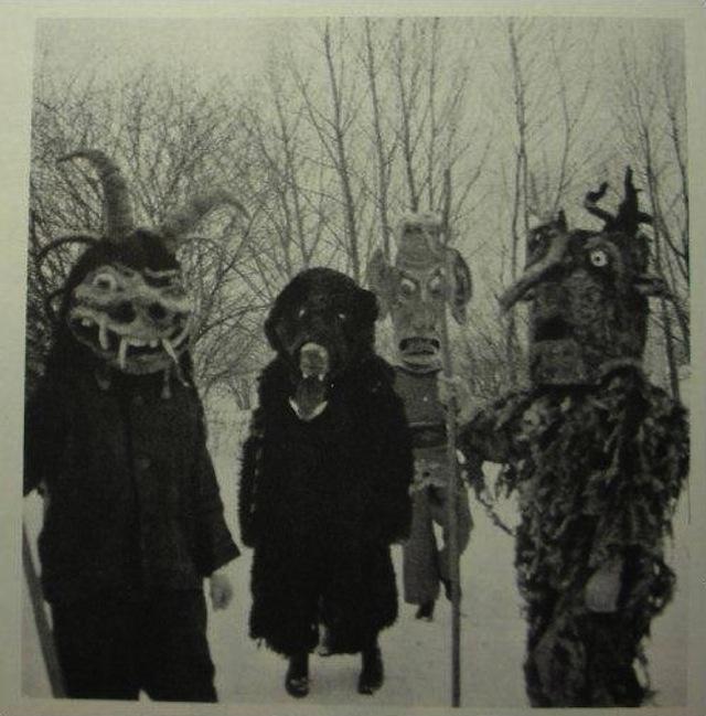 vintage-halloween-costumes23